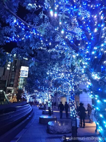 東京ミッドタウン ウェルカムイルミ青
