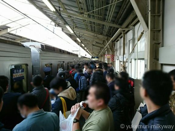 日比谷線13000系特別運行 南千住駅入線待ち
