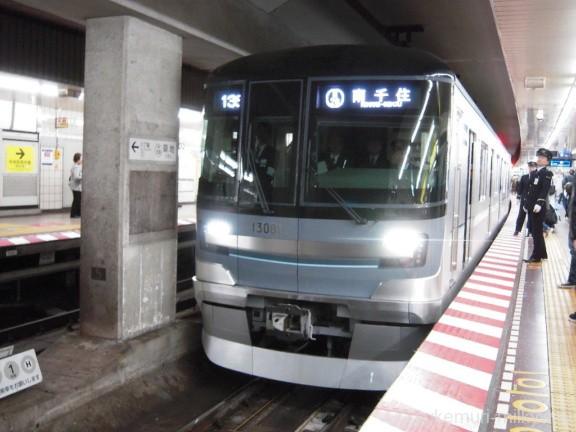 日比谷線13000系特別運行 13001@築地駅