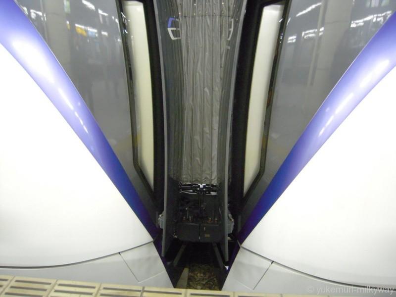 JR東日本E353系 特急 スーパーあずさ1号 松本行き 長モトS202編成+S102編成 クモハE352-2+クハE353-2 @新宿 17-12-23