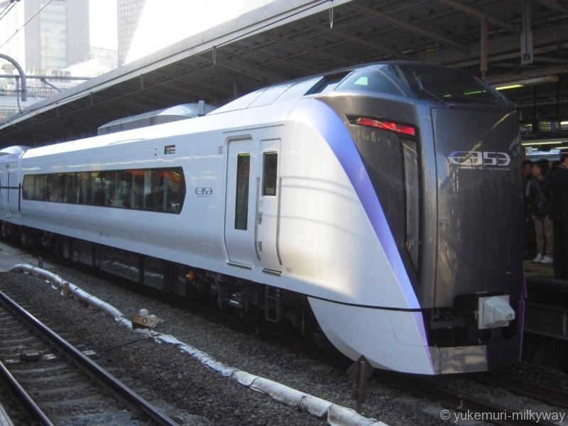 JR東日本E353系 特急 スーパーあずさ4号 新宿行き 長モトS103編成 クハE352-3 @新宿 17-12-23