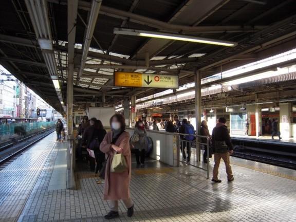 荻窪駅東改札エスカレーター