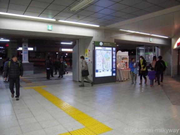 上野駅JR入谷改札パンダ橋口方面