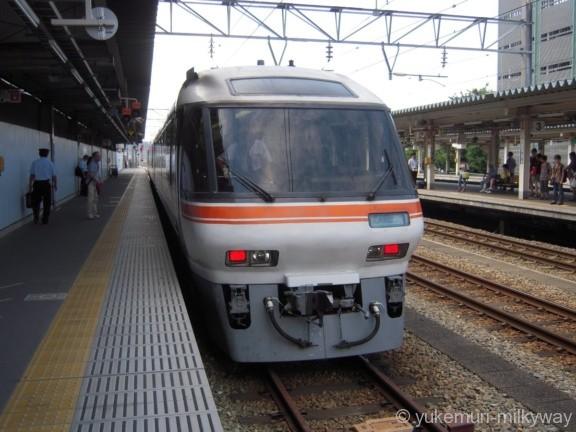 JR東海キハ85系 特急(ワイドビュー)ひだ18号 名古屋行き @富山 14-08-02