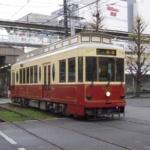 都電荒川線の愛称が「東京さくらトラム」に決定。レトロ車両9000形で「都電バラ号」を運行。