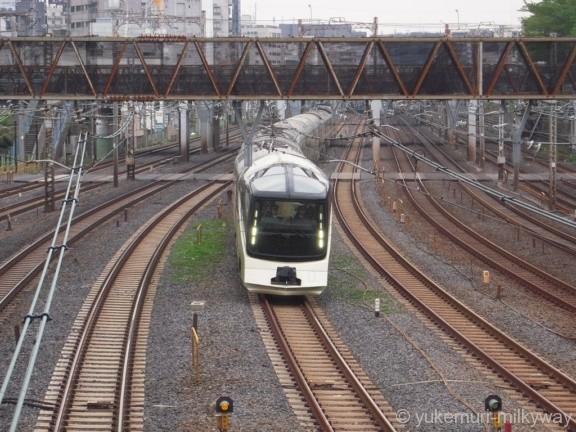 JR東日本E001形 TRAIN SUITE 四季島 E001-10 @鶯谷~日暮里