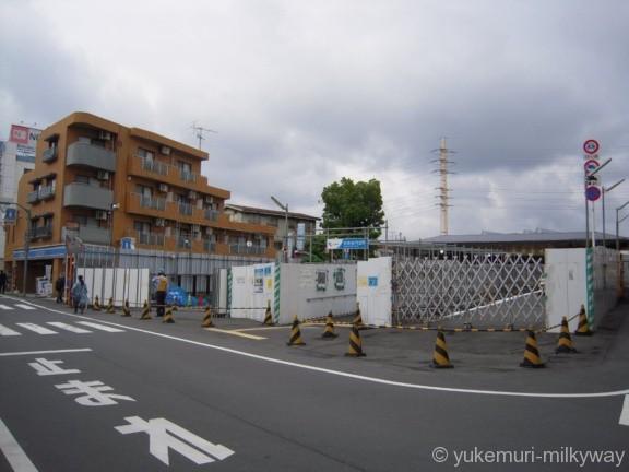 世田谷代田駅 駅前道路