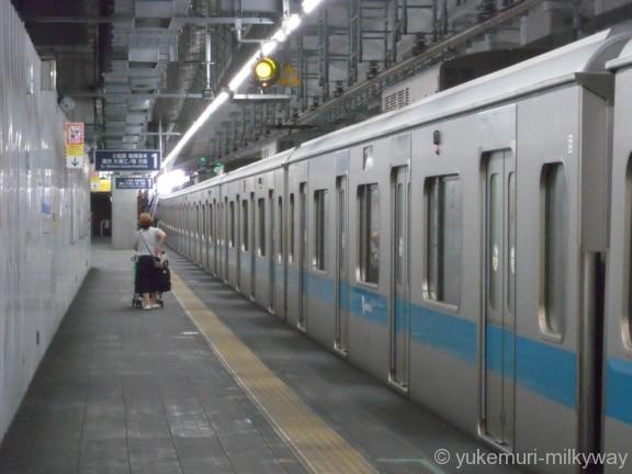 世田谷代田駅 地下仮設ホーム 1番ホーム