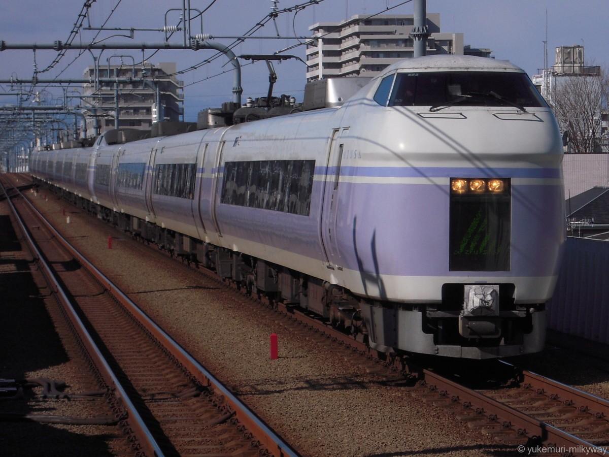 JR東日本E351系 特急 スーパーあずさ6号 東京行き 長モトS23編成 クハE351-3 @武蔵境 18-02-12