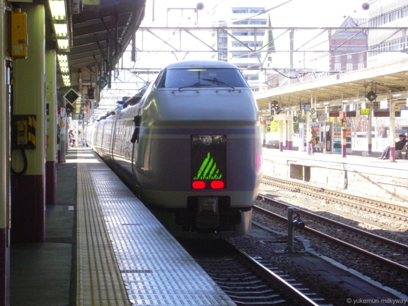 JR東日本E351系 特急 スーパーあずさ15号 松本行き 長モトS21編成 クハE351-1101 @甲府 18-03-01